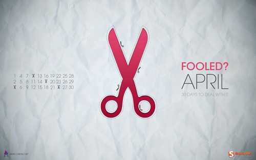 april-11-scissors_trap__74-calendar-1920x1200
