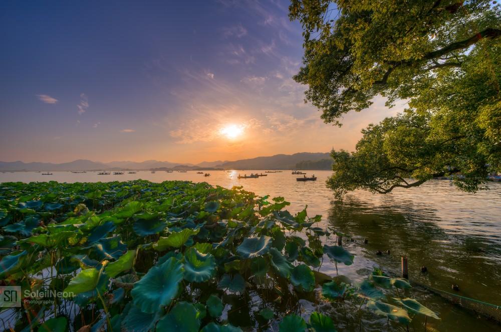 Sunset at West Lake-3